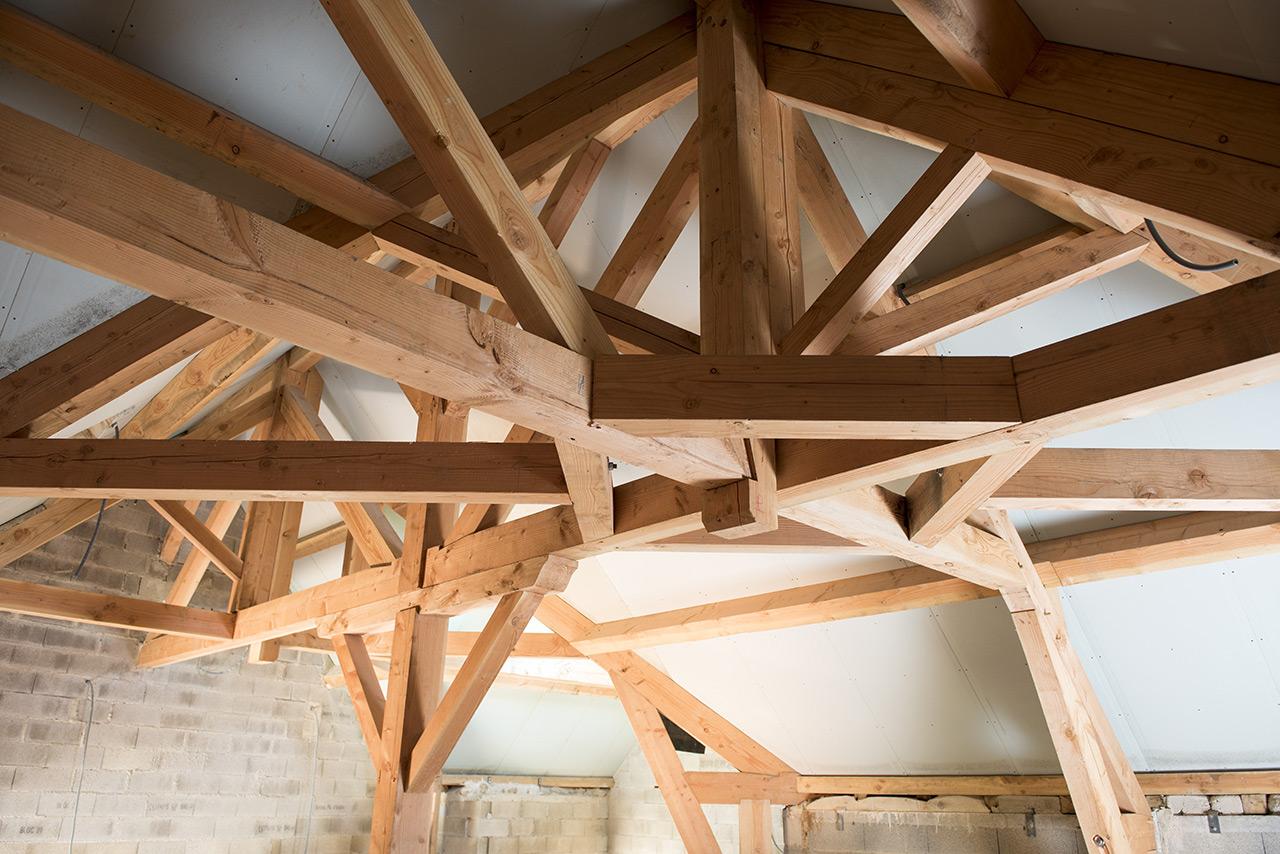 charpente et structure bois aveyron. Black Bedroom Furniture Sets. Home Design Ideas